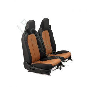 MX5 Set leren stoelen (zwart met bruin geperforeerd) gemonteerd op stoel