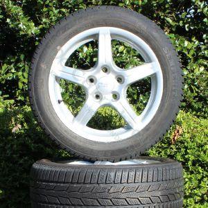 Set winterbanden op lichtmetalen Anzio wheels velgen (Gebruikt)