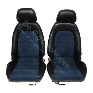 Set lederen-stoffen stoelen zwart leder met blauw stof 10th Anniversary (Gebruikt)